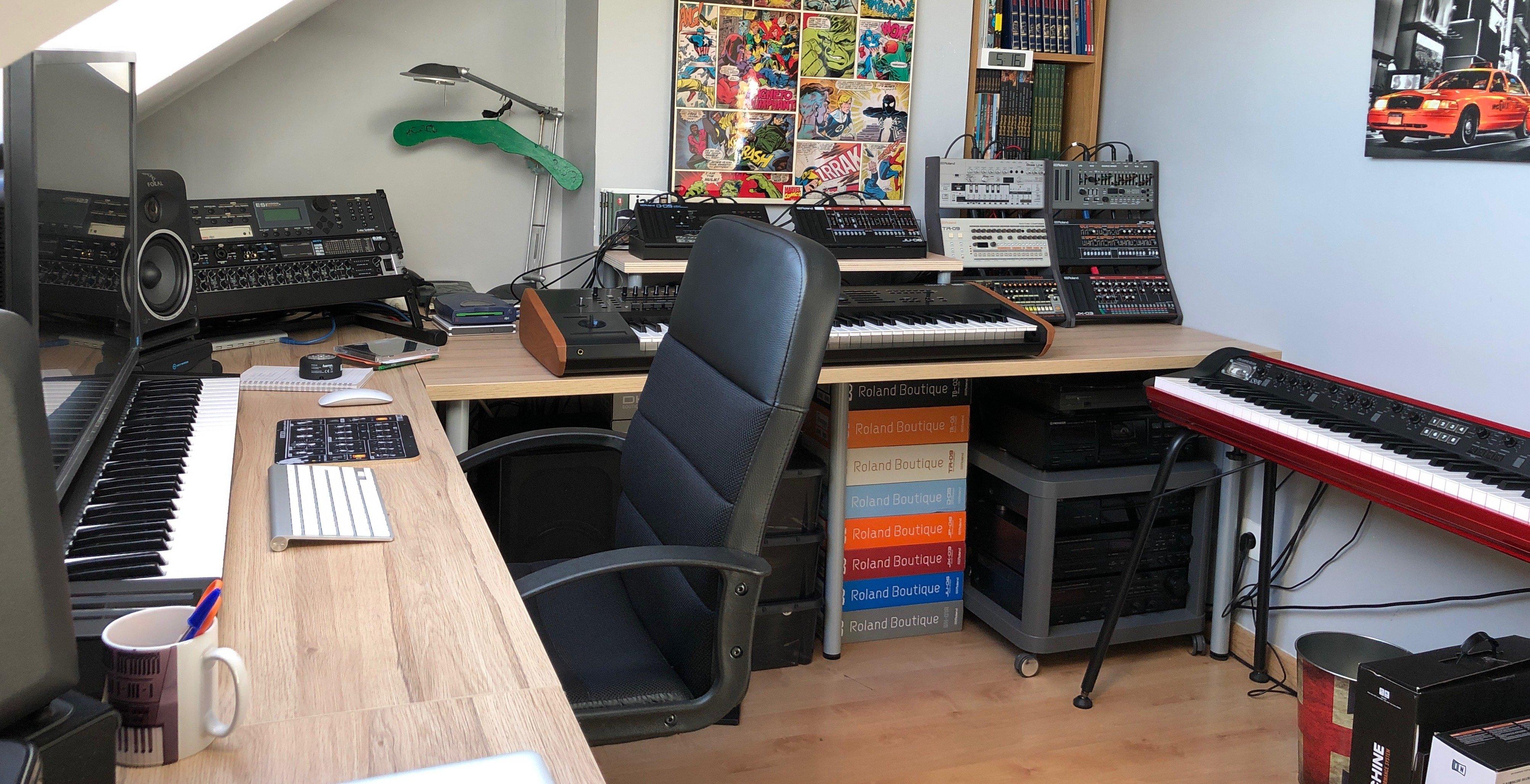Mon bureau avec des plans de travail Ikea