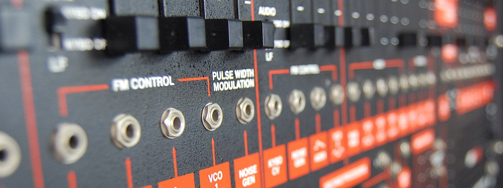 bandeau modulation synthétiseurs