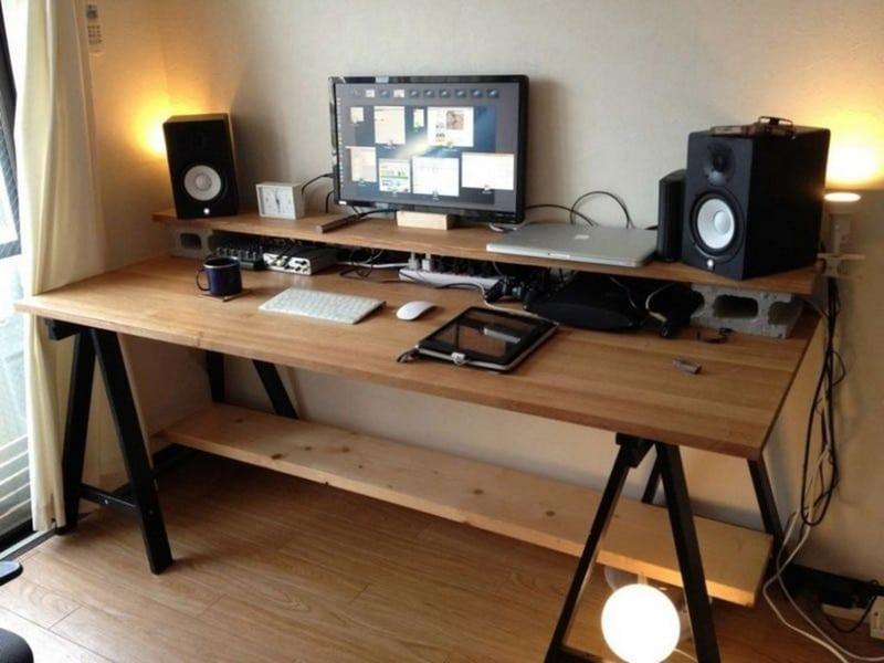 Un bureau très spacieux et pourtant simple