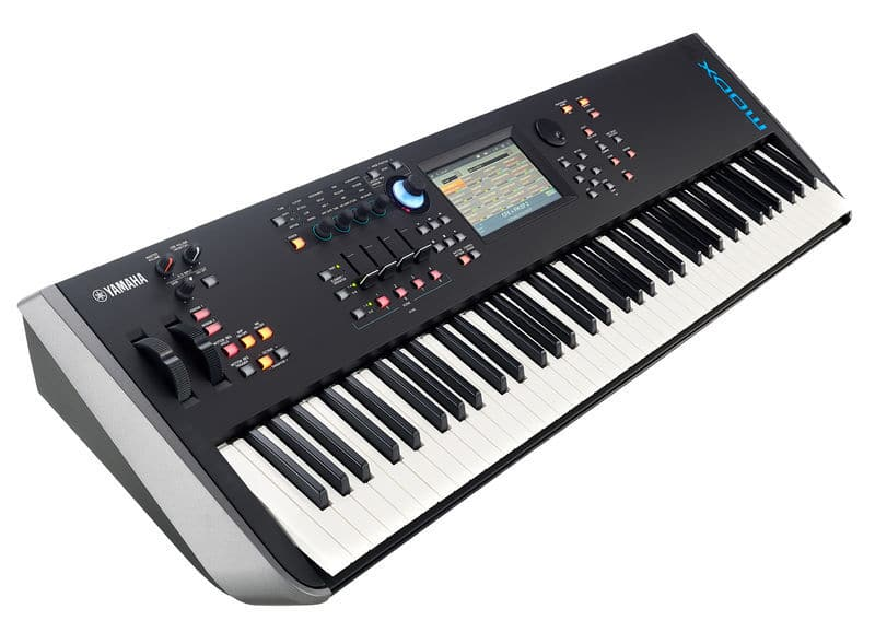 Une workstation Yamaha MODX6